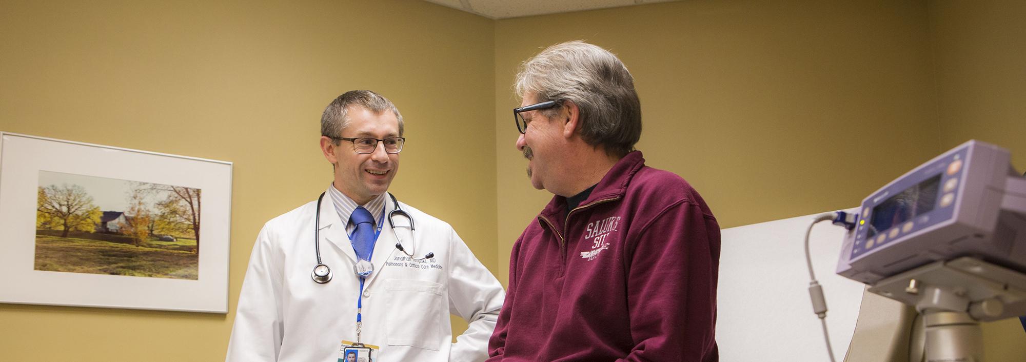 Dr. Jonathan Kropski wit IPF Patient
